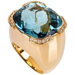 40 Carat Aquamarine  Diamond Gold Ring