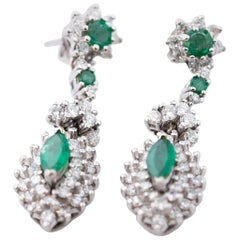 1950s 2 Carat Diamond and 2 Carat Emerald Drop 14 Karat White Gold Earrings