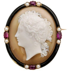 Carved French Maiden Cameo in Agate with Rubies Pearls in 18 Karat Yellow Gold