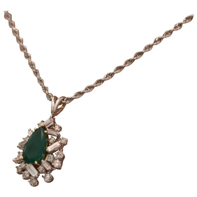 1960s Emerald and Diamond Pendant Necklace in 14 Karat Gold