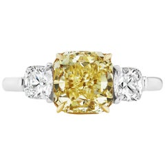 Scarselli 2.21 carat Yellow Radiant Cut Diamond Engagement Ring GIA Certified