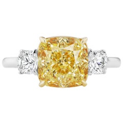 Scarselli 3.74 carat Yellow Cushion Cut Diamond Engagement Ring in Platinum