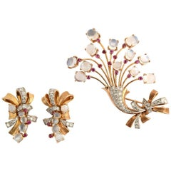 Retro Floral Brooch and Earrings