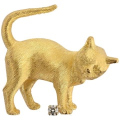 Craig Drake Gold Cat Brooch with Diamond