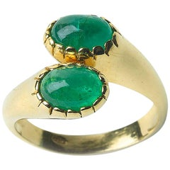 Emerald Double Crossover Ring