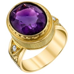 Amethyst 18 Karat Yellow Gold and Diamond Ring