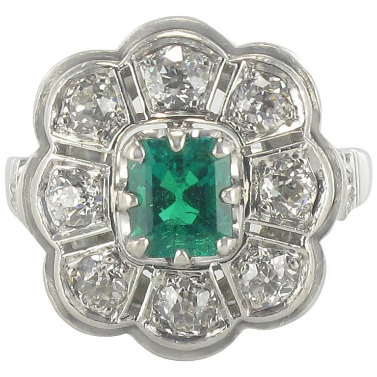 French Retro 1960s Emerald Diamond White Gold Cluster Ring