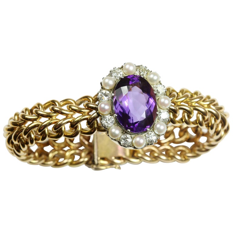 Amethyst, Pearl and Diamond 18 Karat Yellow Gold Bracelet