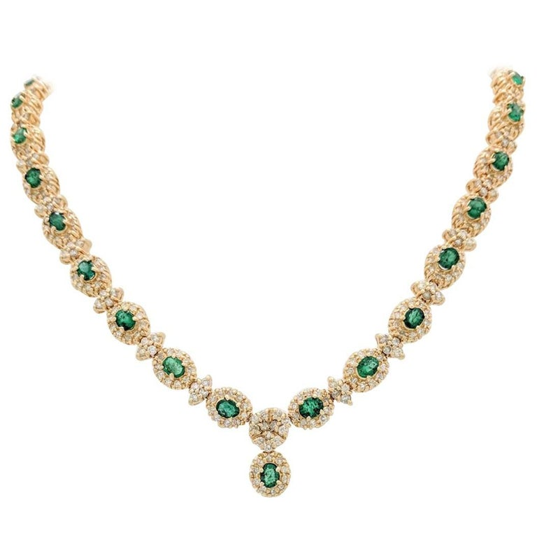 14 Karat Gold 16.72 Carat Emerald and Diamond Tennis Necklace 54.8 Grams