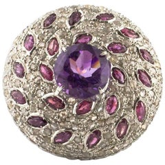 Round Ring in Rose Gold and White Gold with Rubies and Amethyst Centre