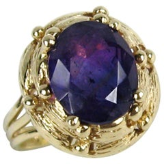 14 Karat Gold Amethyst 3.6 Carat Solitaire Ring