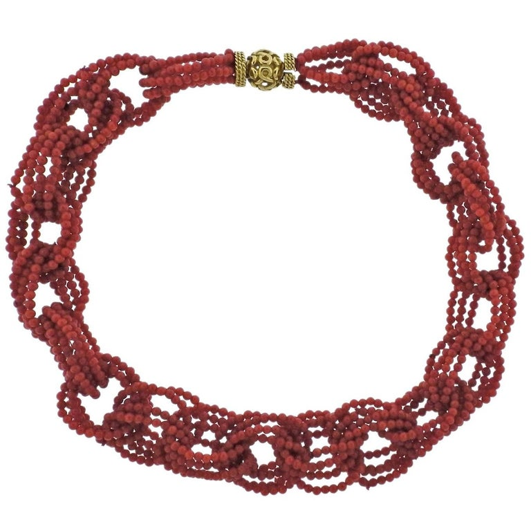 Adria de Haume Coral Gold Link Necklace For Sale