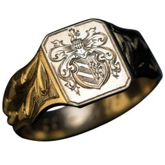 Antique Engraved Armorial Gold Signet Men's Ring