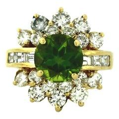 Estate Vintage Lady's Peridot and Diamond Cocktail Ring 14 Karat Yellow Gold