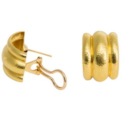 Classic Elizabeth Locke Domed Gold Earrings