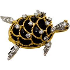 Hammerman Brothers Gold Sea Turtle Pendant