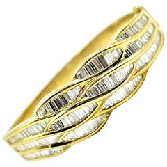 Ladies 6.50 Carat Baguette Diamond 18 Karat Yellow Gold Bangle Bracelet