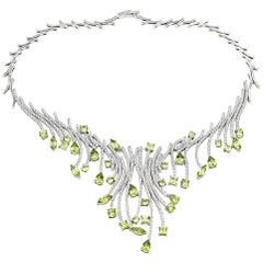 Ladies 18 Karat White Gold Peridot and 5.69 Carat Round Diamond Collar Necklace