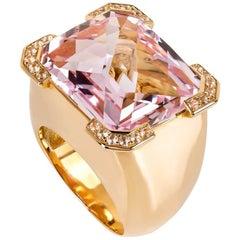 20.88 Carats Kunzite Diamond 19,2 k Gold Ring