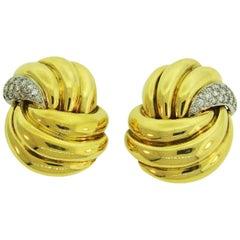 1980s Verdura Diamond Yellow Gold Earrings