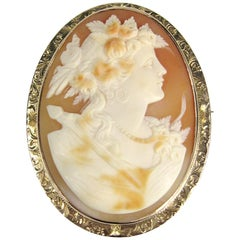 Victorian Shell Cameo Gold Lady Brooch-Pin