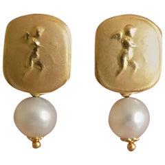 Vintage Italian Pearl Gold Putti Cherub Angel Stud Earrings