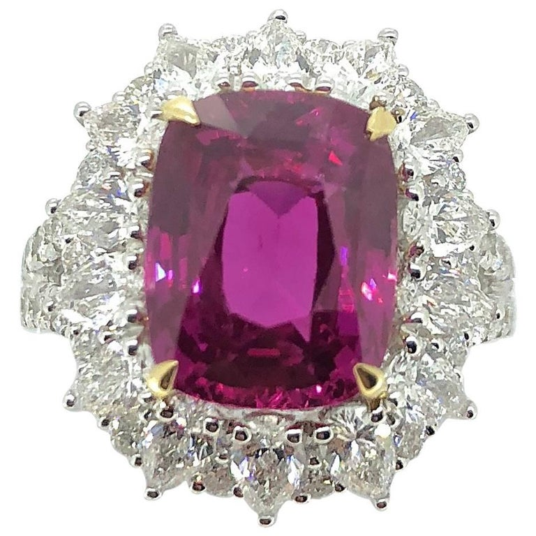 7.00 Carat Pink Sapphire Diamond Cluster Cocktail Dress Ring For Sale