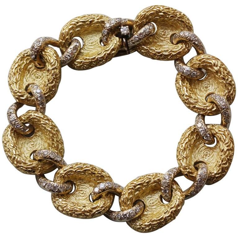 1970s Diamond Yellow Engraved  Gold Link Bracelet