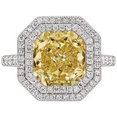 Scarselli GIA 4.09 Carat Yellow Radiant Cut Diamond Engagement Ring in Platinum