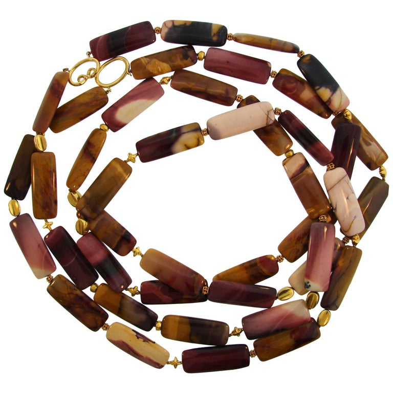 Verdura Agate Bead Strand Necklace with Yellow Gold Clasp For Sale