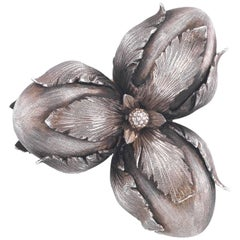 Buccellati satin finished Silver Acorns Brooch