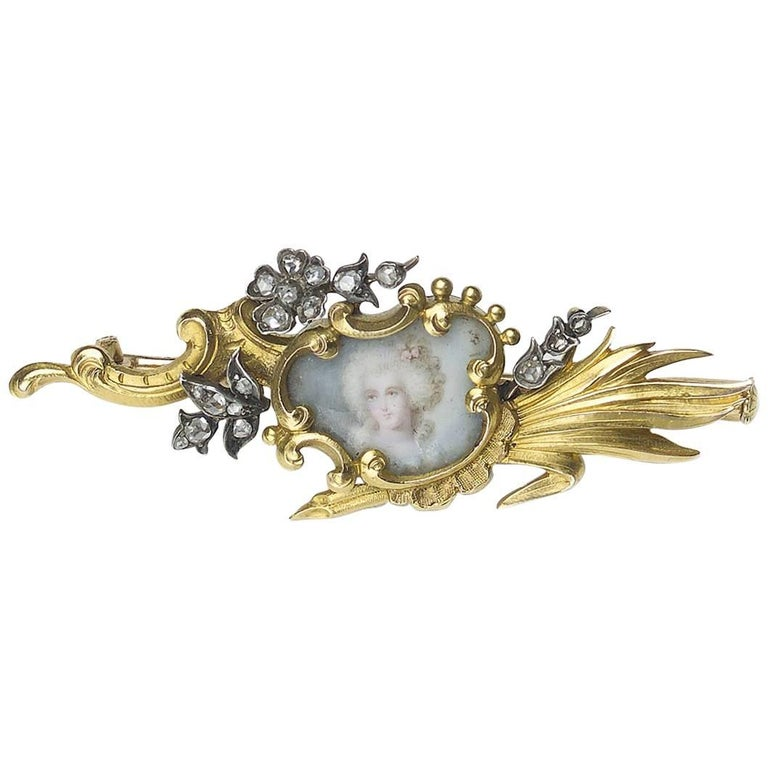 French Art Nouveau Diamond and Gold Portrait Brooch