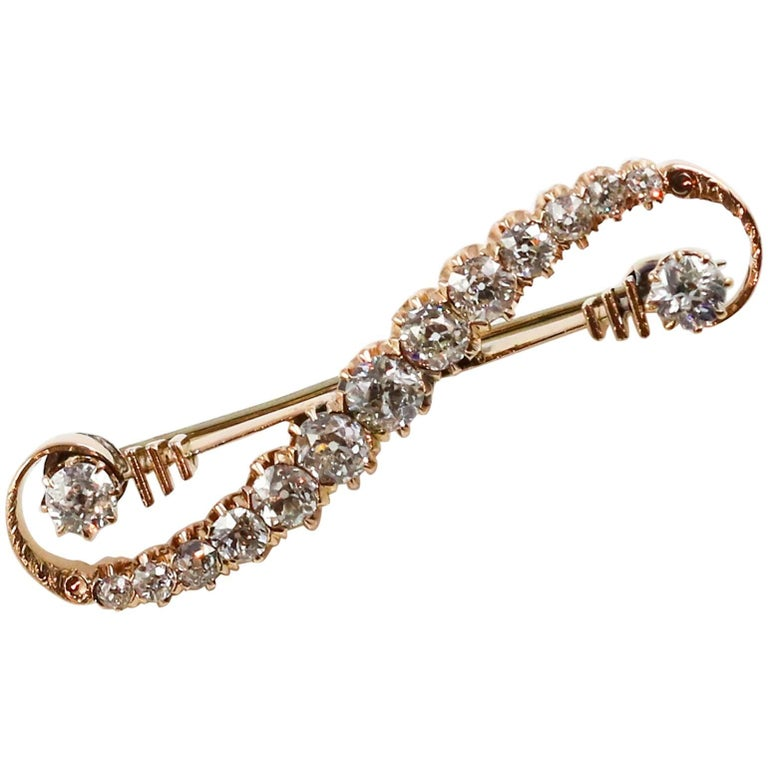 Victorian 14k Yellow Gold and Diamond Brooch