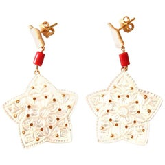 Mother-of-Pearl Stars Coral Gold Earrings