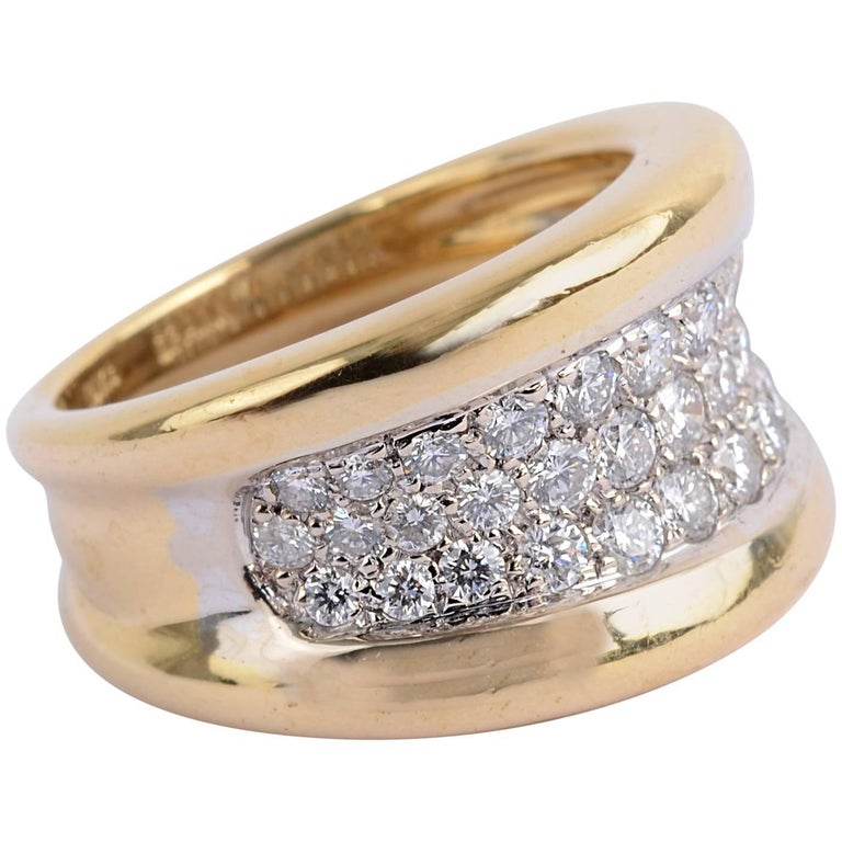 Gold Band Ring with Diamonds