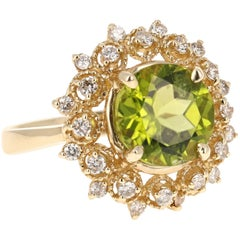 4.74 Carat Peridot Diamond Ring