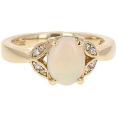 1.06 Carat Opal Diamond Yellow Gold Ring