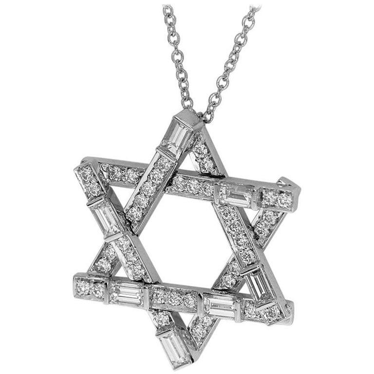 Harry Winston Lily Cluster Diamond Platinum Pendant