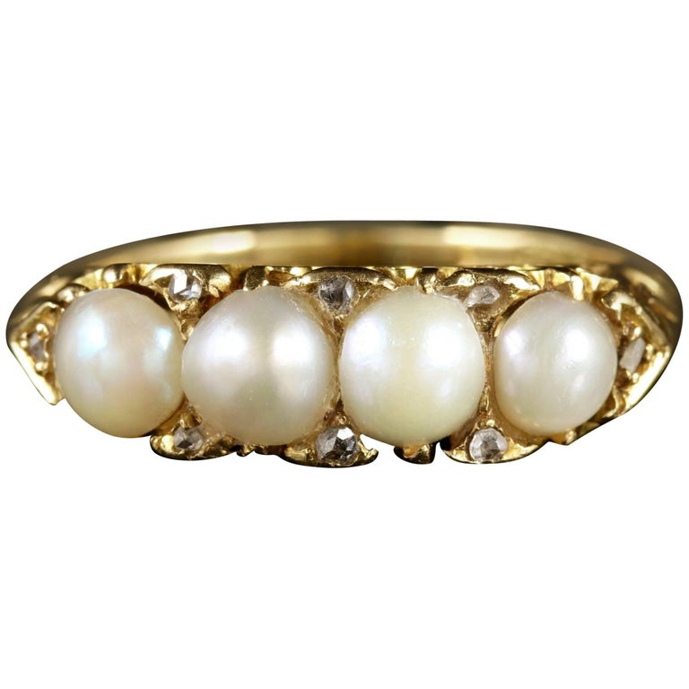 Antique Victorian 18 Carat Gold Pearl Diamond Ring, circa 1880