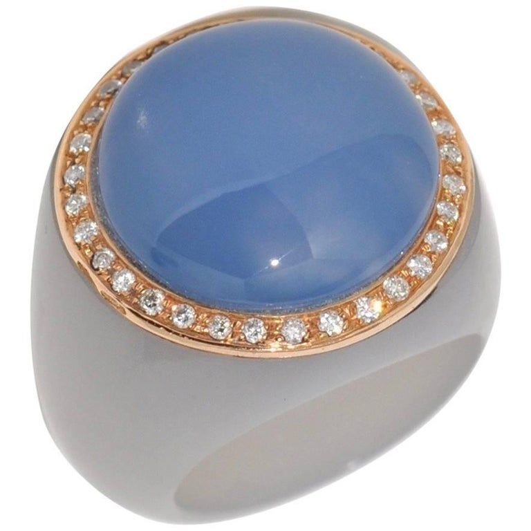 Chalcedony and Bakelite White Diamonds Rose Gold Dome Ring