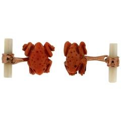 Frogs Yellow Gold Coral Nacre Cufflinks