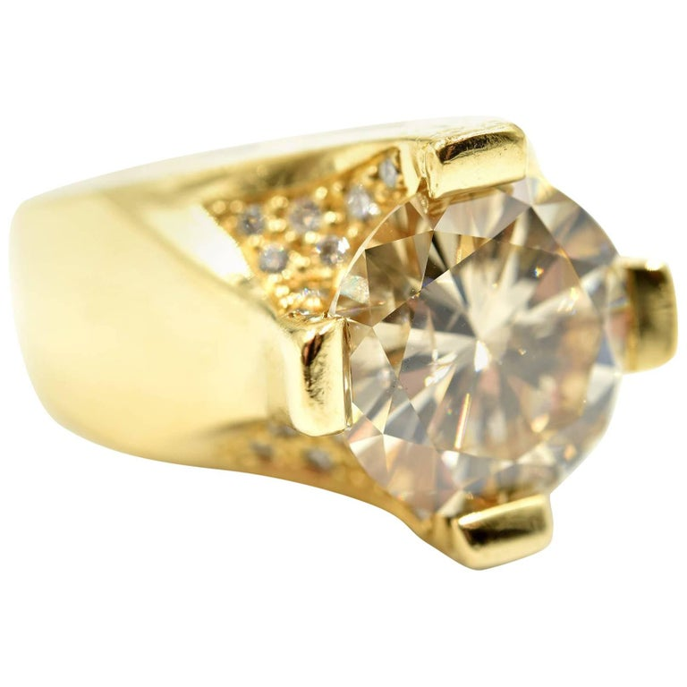 Ladies 5.46 Carat Fancy Light Brown Round Diamond 18 Karat Yellow ...