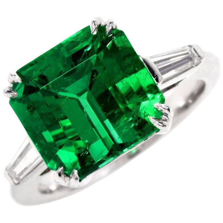 Remarkable Certified Colombian Emerald Diamond Platinum Ring For Sale