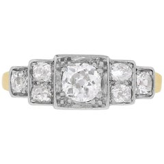 Art Deco Graduating Cluster Diamond Ring, circa 1930s