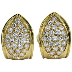 Diamond and Yellow Gold Earring