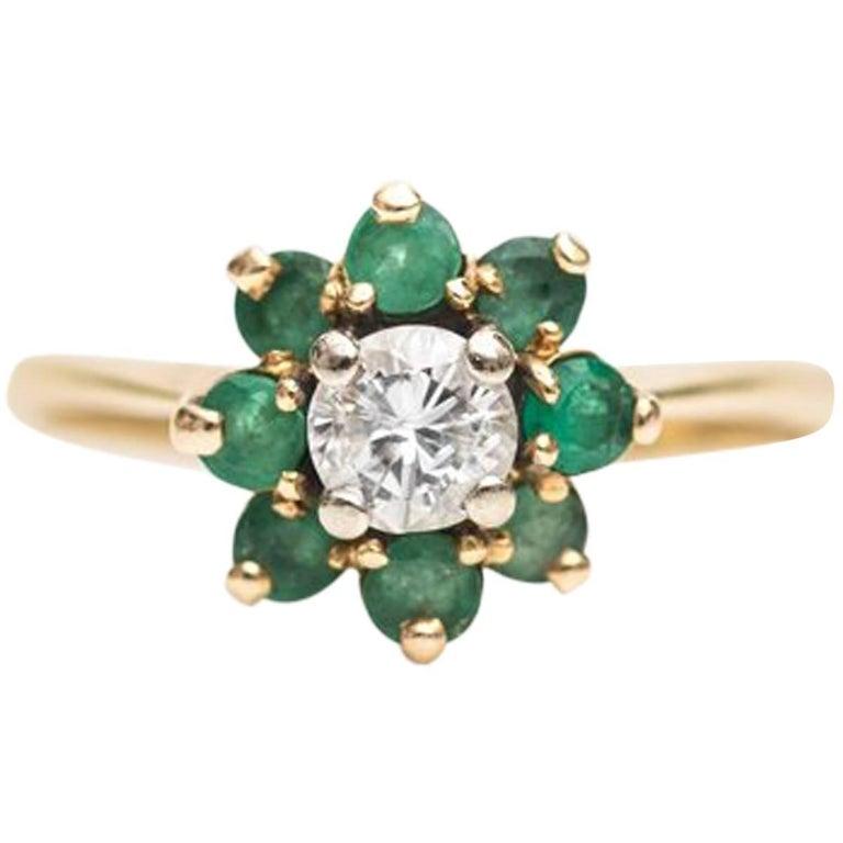 1940s 0.35 Carat Diamond and Emerald Halo Ring 14 Karat Yellow Gold