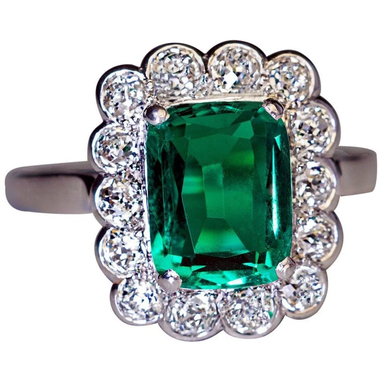 Rare Untreated 2.31 Carat Colombian Emerald Diamond Ring For Sale