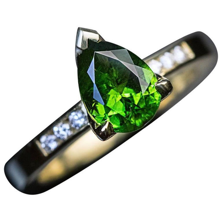 1.45 Carat Russian Demantoid Garnet Diamond Gold Ring For Sale
