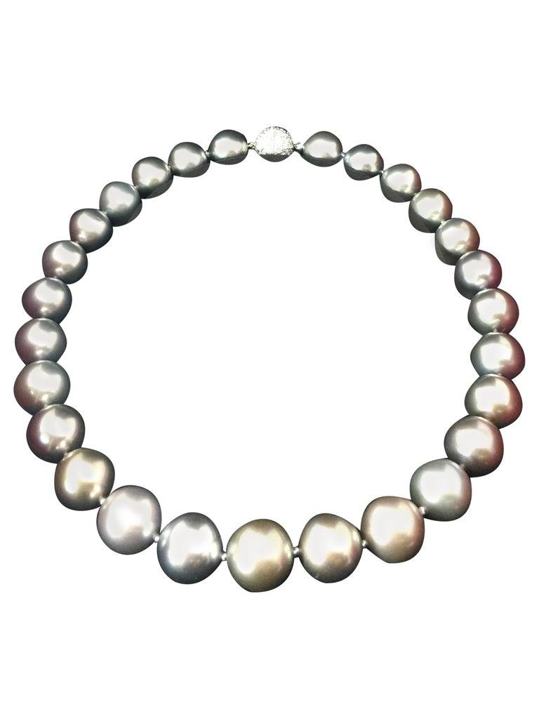 Cartier Tahitian Grayish-Purple Pearl Diamond Clasp Necklace