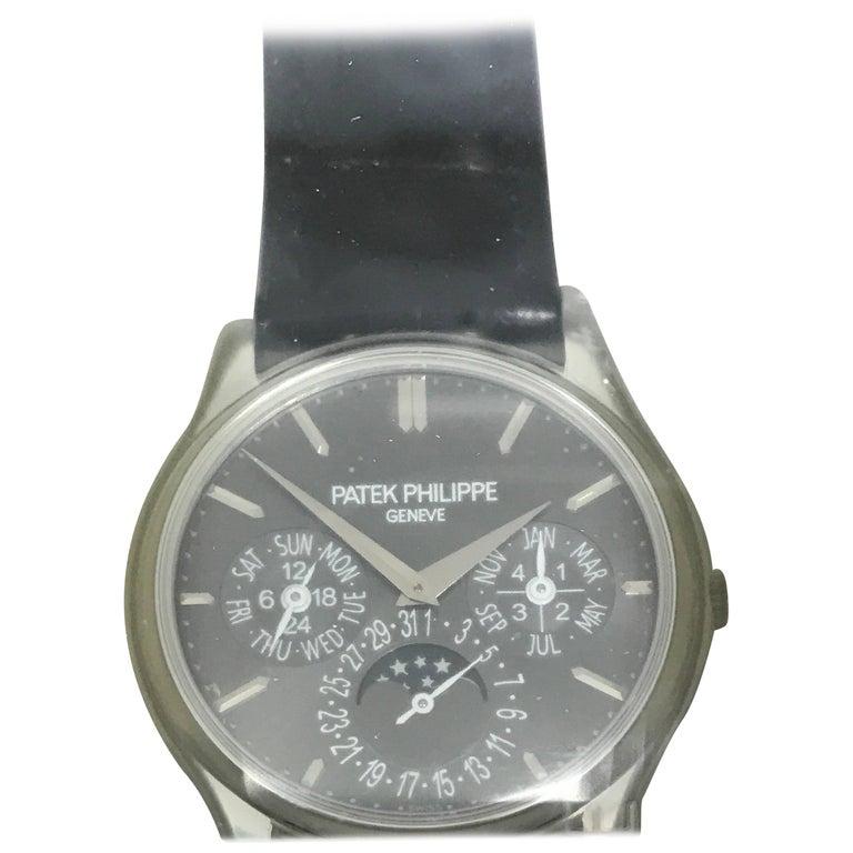Patek Philippe Platinum Perpetual Calendar Gray Dial Wristwatch